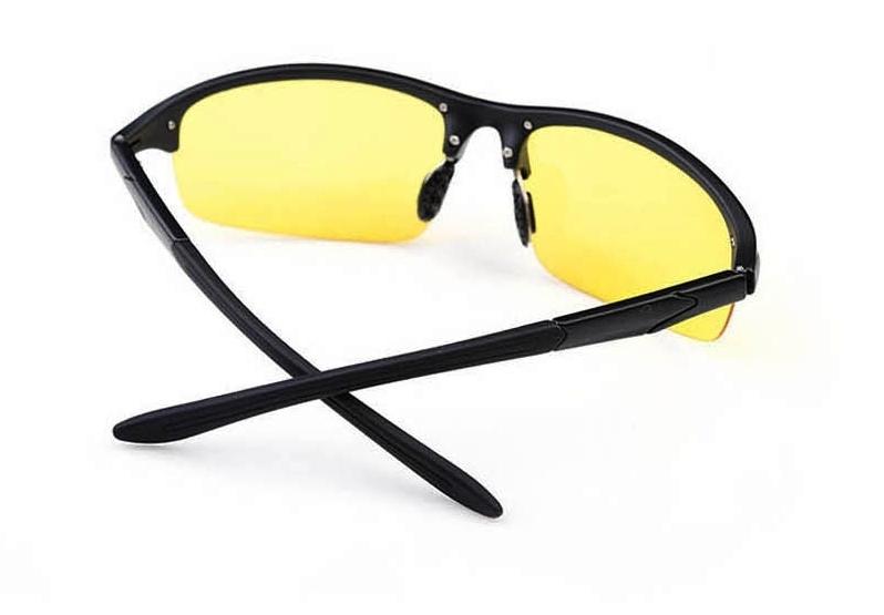 lunettes anti blouissement pour conduite de nuit et neige. Black Bedroom Furniture Sets. Home Design Ideas