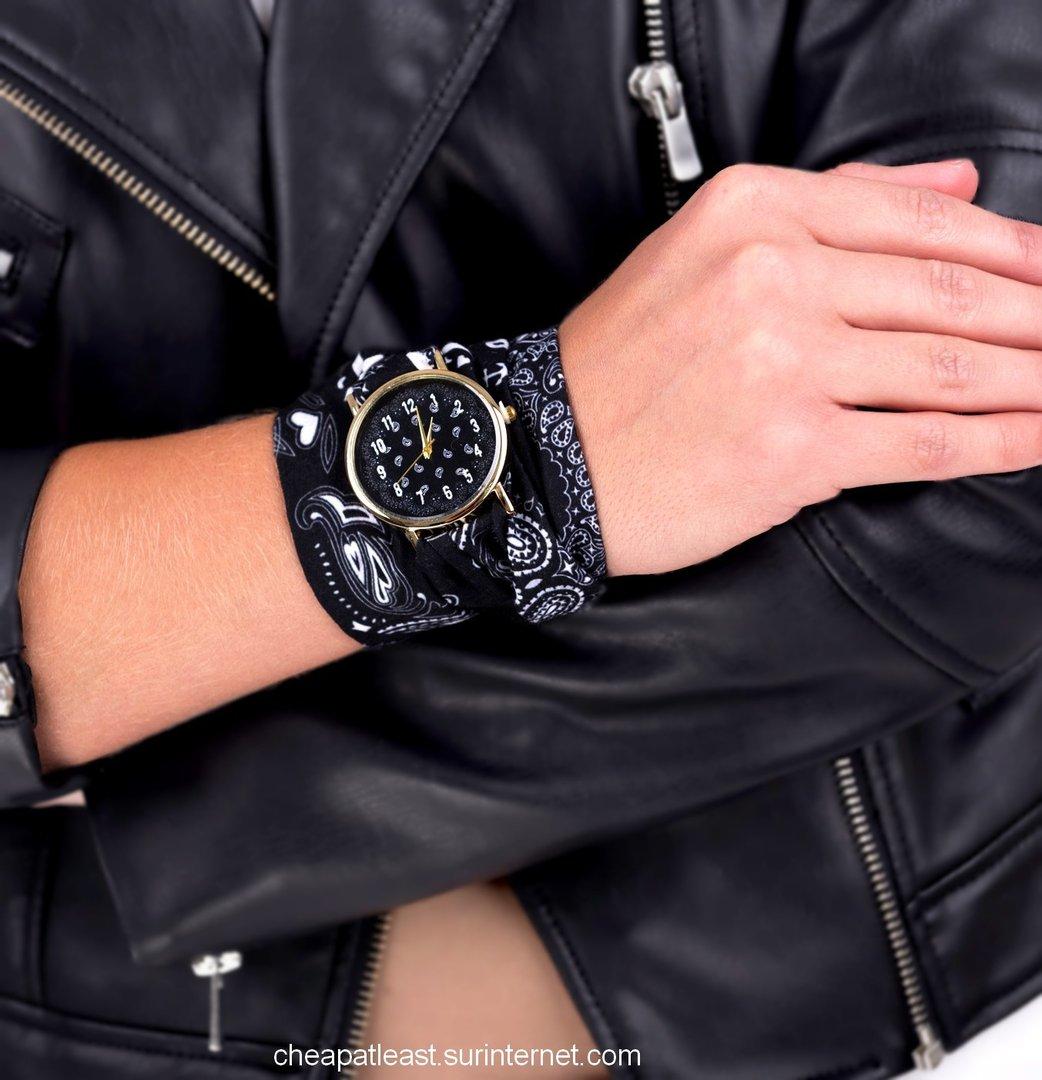 montre top tendance quartz bracelet tissu style bandana noir. Black Bedroom Furniture Sets. Home Design Ideas