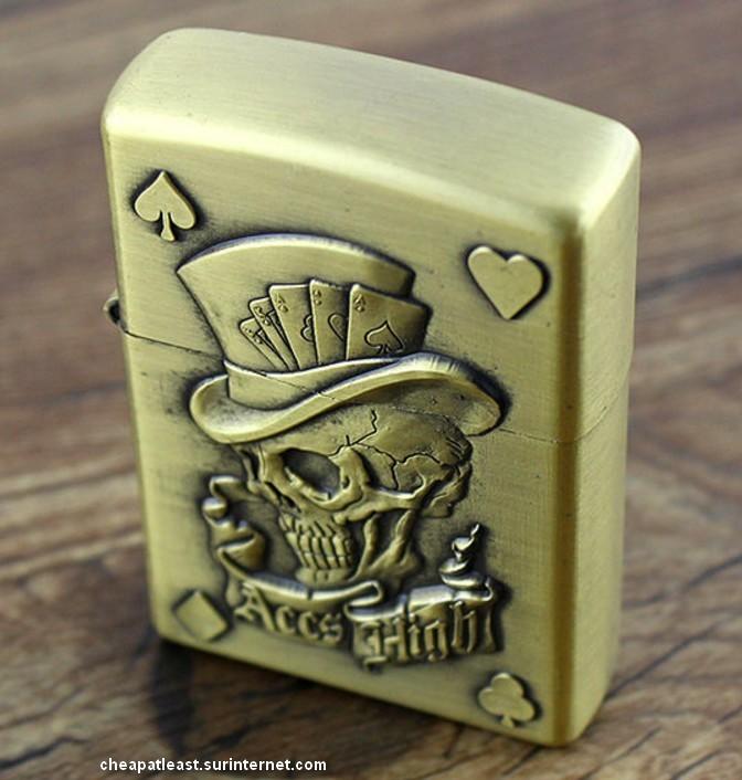 briquet temp te style zippo poker addict skull aces. Black Bedroom Furniture Sets. Home Design Ideas