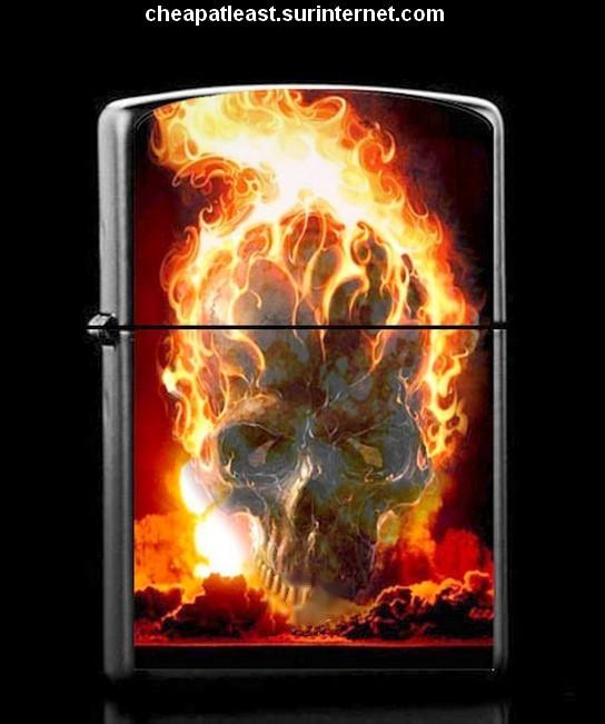 Briquet temp te essence t te de mort en flamme style zippo - Tete de mort style ...