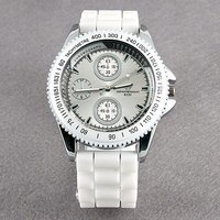 Montre Fashion - Bracelet Silicone Blanc (Style Ice Watch)