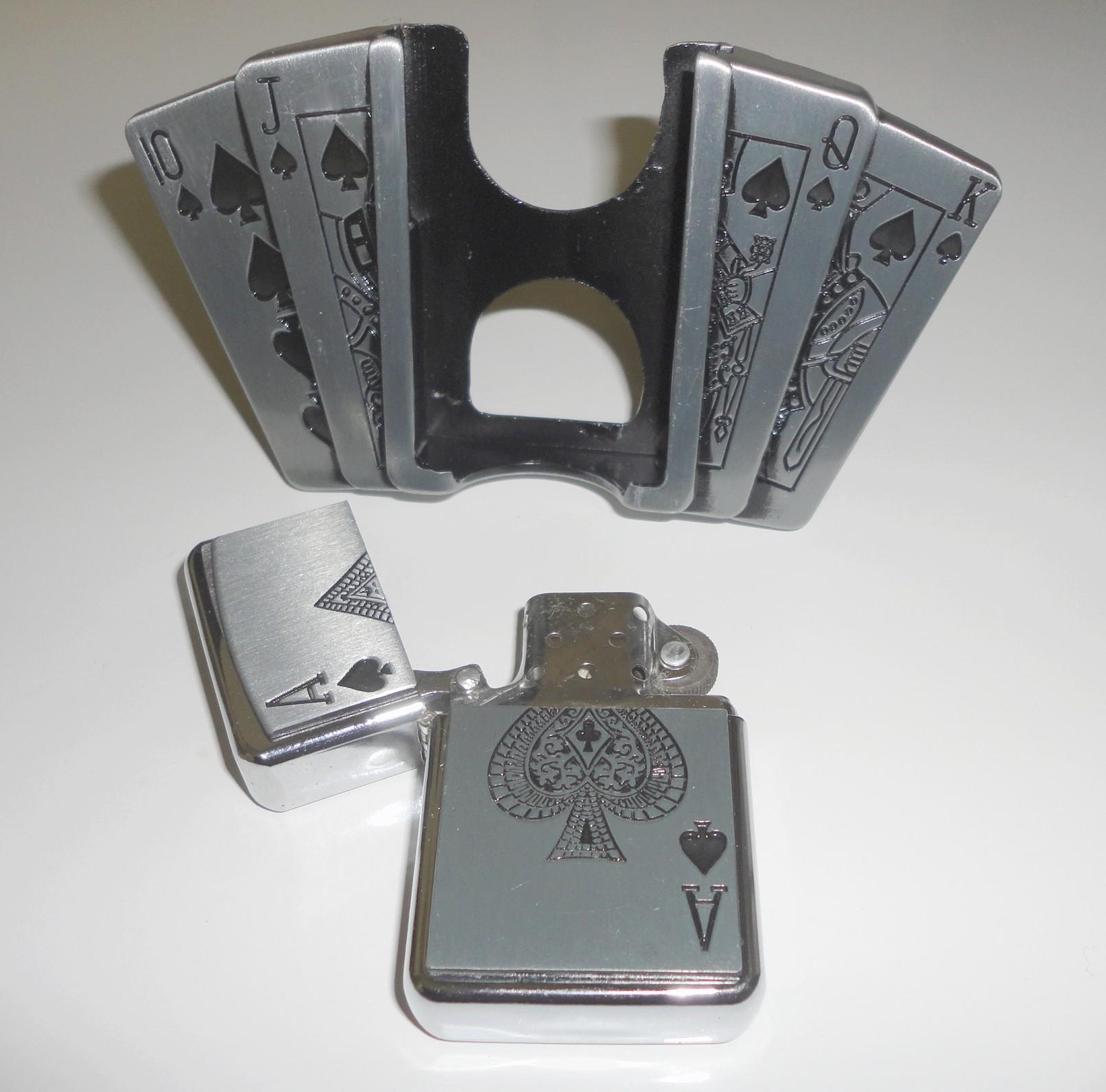 ... Boucle de ceinture porte-briquet - Poker addict ... 32e24036774