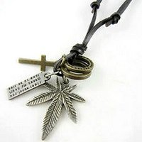Multi pendant necklace Hippie chic - Ganja Weed leaf