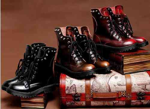 Lace up shoes, boots Doc Rangers - geniune Leather & rivets