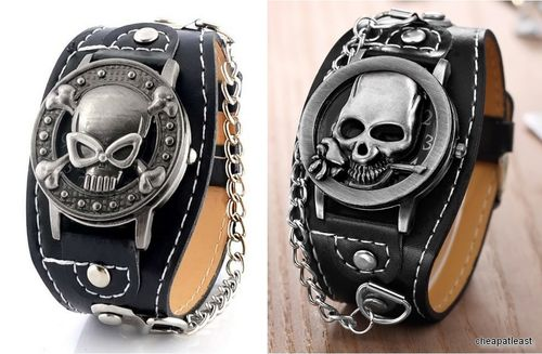 Watch with Lid Death Head / Skull